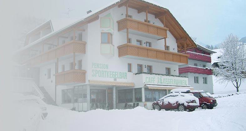 Wir liefern Ski ins Hotel Elisabeth