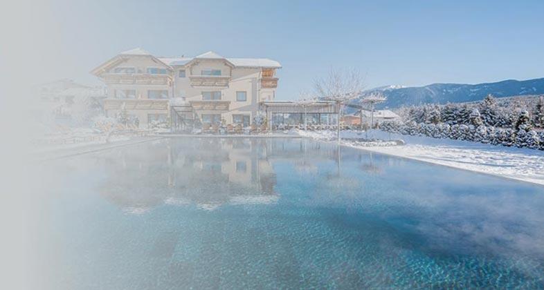 Wir liefern Ski ins Hotel Sonnenhof
